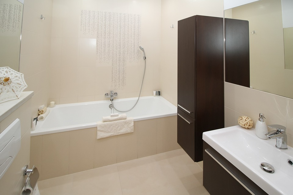 bathroom-2094735_960_720